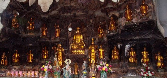 Tempio Sam Poh Tong 2